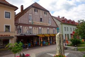 Main street Kindberg