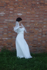 One of the 20 or so brides we saw today taking pictures. Not sure the significance of the knife in her hand!