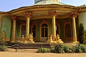 Pillars of gold with ornamentations