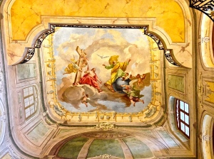 Ceiling painting in Palace is very intricate.