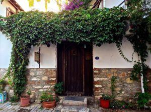 Pretty entryway!