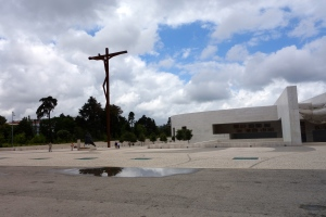 This is the NEW Basilica at the opposite end of the parking area and this is so modern, it's unbelievable!!