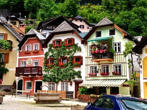 Homes of Hallstat.....