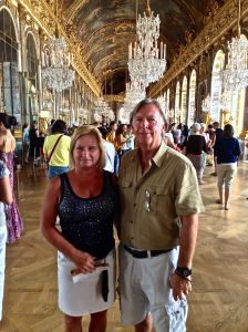 Here we are in the Hall of Mirrors Room. You can rent this room for 7000 Euros a night!