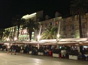 Split Promenade at night