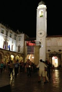 Everyone danced in the middle of the square to the live music.