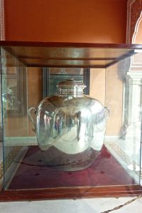 Largest silver pot in the world!