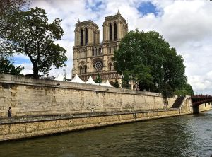 Our favorite lady, Notre Dame. I visit is not complete without paying a visit to Notre Dame..