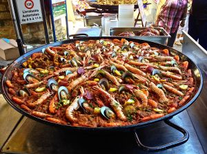 Fresh Paella at the market in Sarlat!