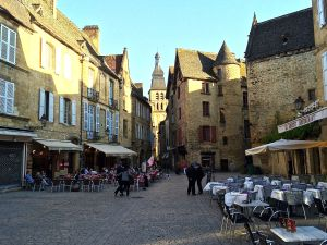 This is the main square at Sarlat la Caneda.