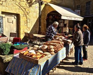 Market days are Saturday and Wednesday in Sarlat. This is an artisan bread maker. We eat lots of fresh bread and none of it is Wonder Bread!
