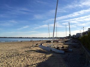 We did a weekend in Brittany after Sarlat. This is the beach at La Baule. Notice the nice sand!