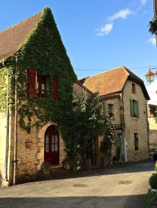 Photograph of a home in St. Leon sur Vezere.
