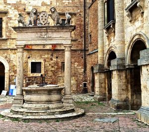 """This is the well from the movie """"Under the Tuscan Sun"""" (UTS)"""