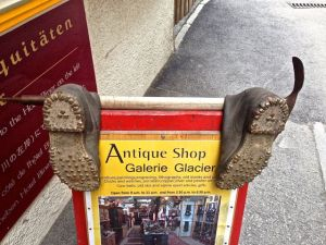Nice use of old shoes!